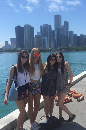 girls-at-navy-pier-aca